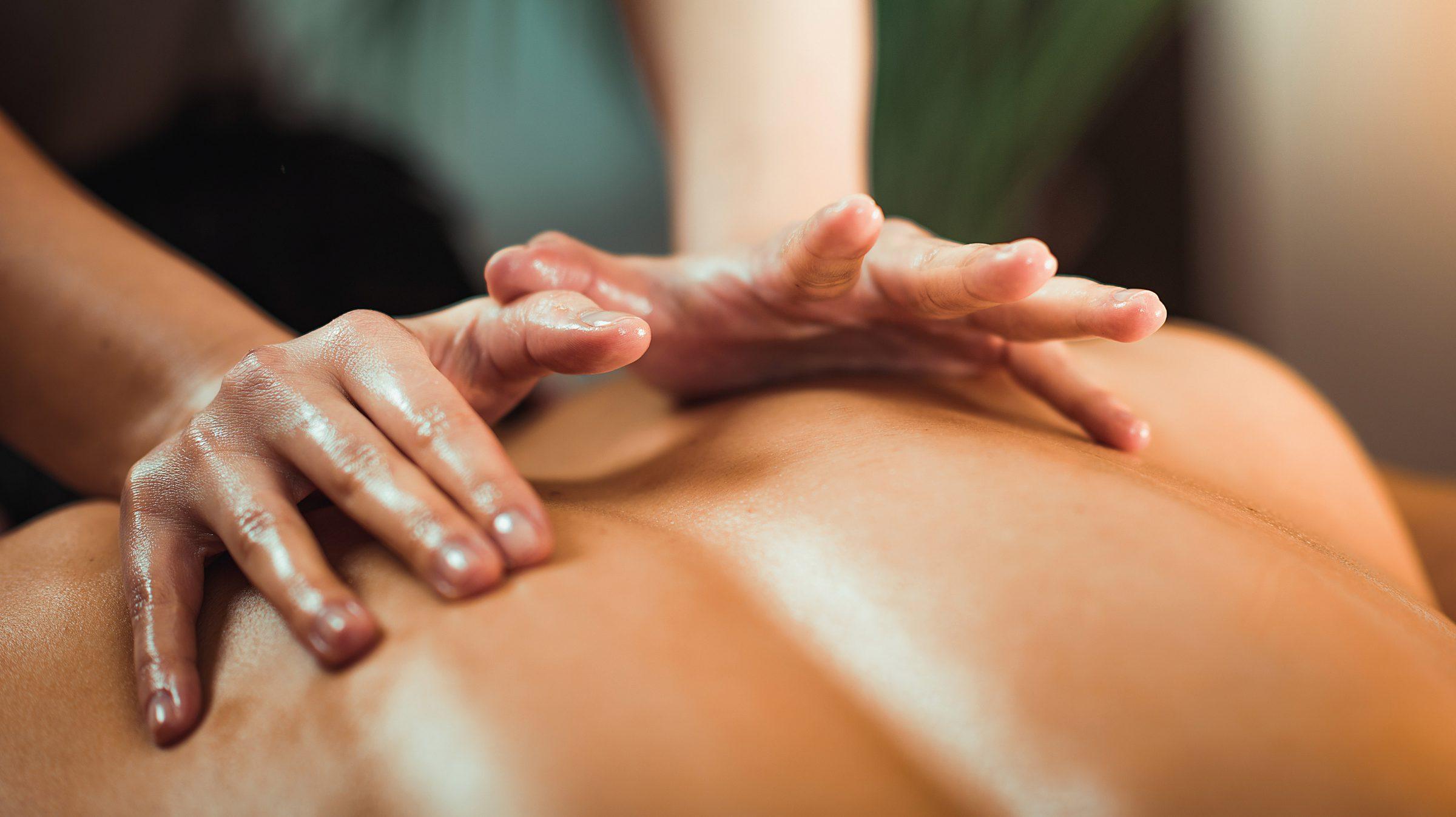 """Monika Eick - Ich Momente """"Wirbelsäulen-Massage"""""""